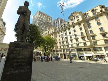 Monumento a José Bonifácio