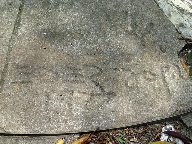 Assinatura e mãos de Éder Jofre (clique na foto para ampliar)
