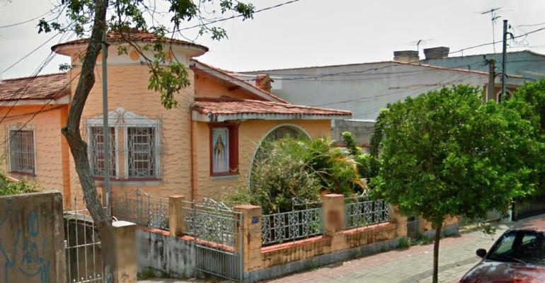 Casarão Demolido – Rua das Províncias 117