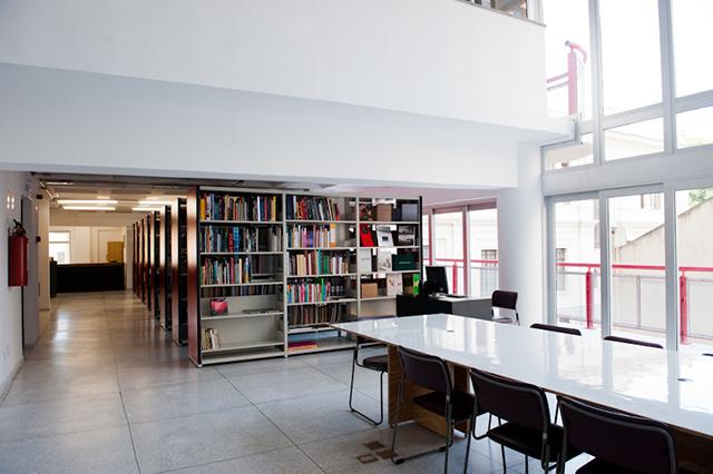 Torre da Memória conta também com biblioteca