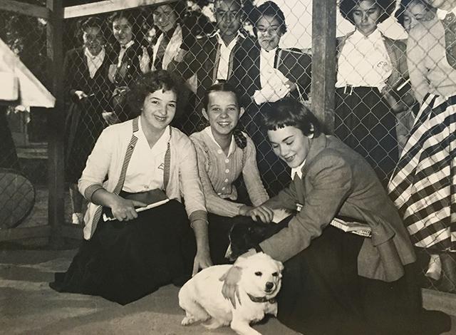 Estudantes visitam a UIPA no Ibiraquera em 1955 (clique na foto para ampliar)