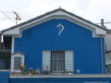Casa com o símbolo do IV Centenário de São Paulo