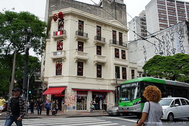 Recuperação deu novos ares a esquina mais famosa de São Paulo (clique na foto para ampliar)