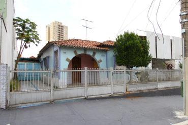 Casa – Rua Cuiabá, 1073