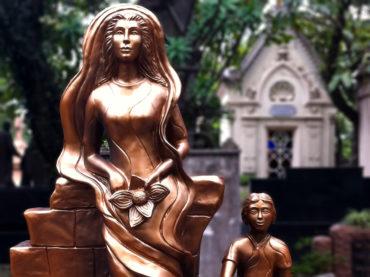 Histórias de Cemitério: A escultura de fibra da Consolação